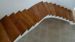 Дървени стълбища и парапети