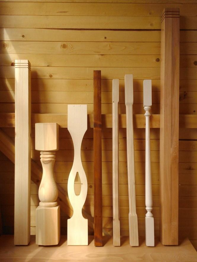 елементи за дървени парапети, балюстри, колони, дъски