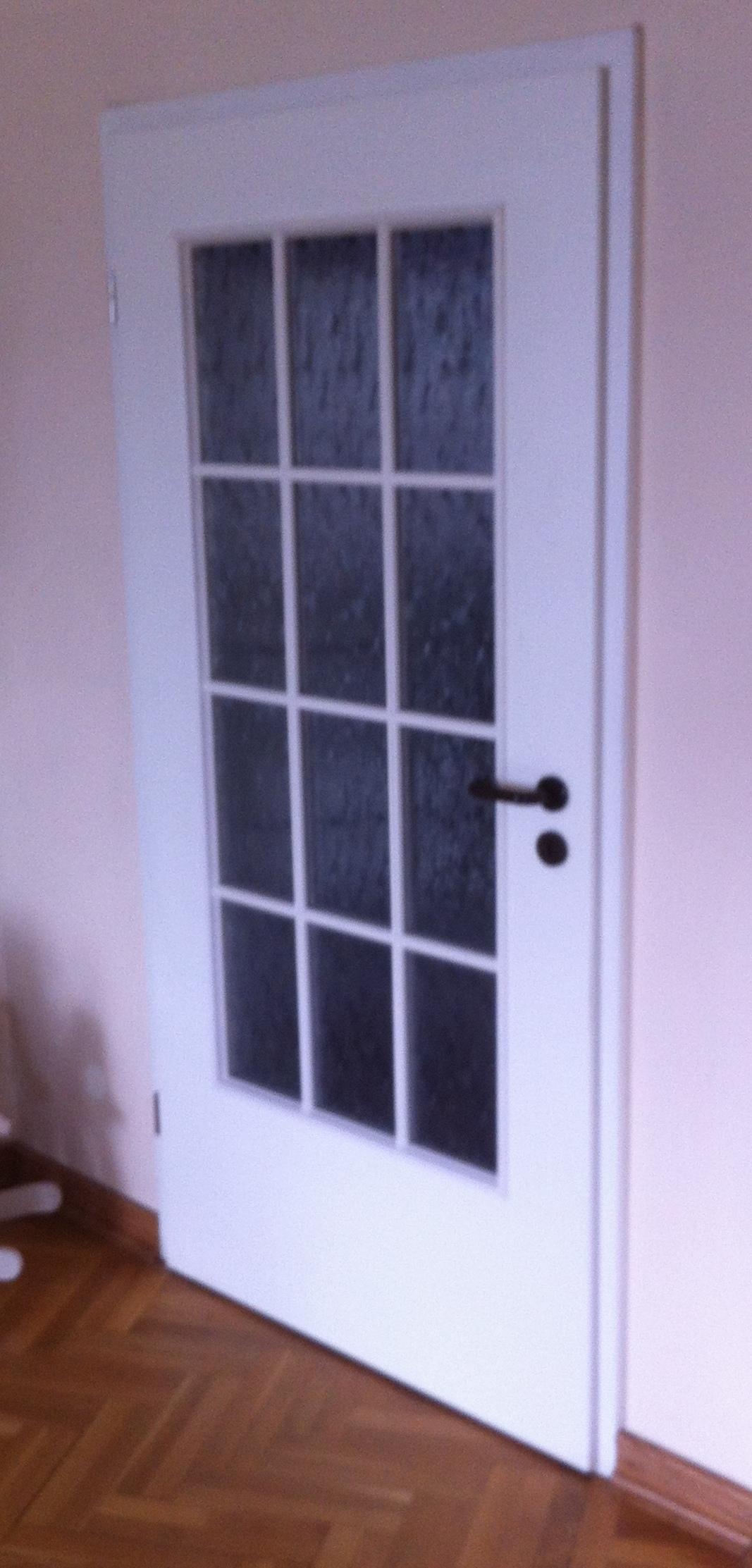 Врата с 12 стъкла