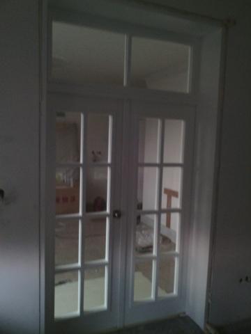 Портална остъклена врата