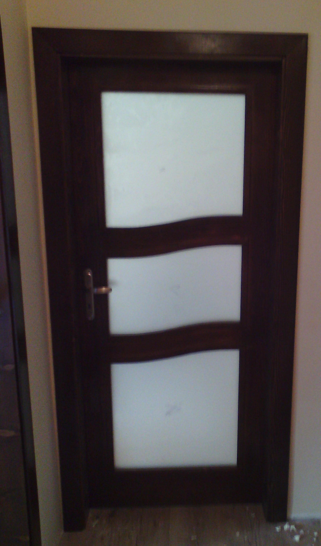 Врата със стъкла