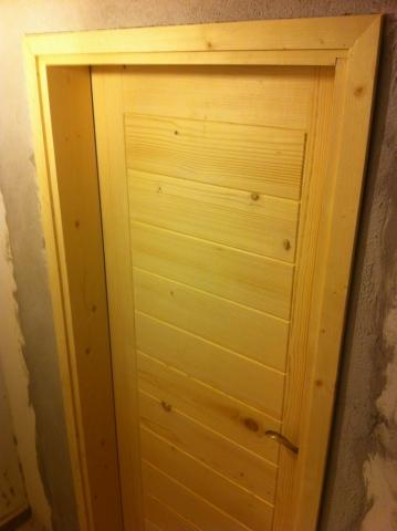 Масивна врата, обработена с натурално масло за дърво