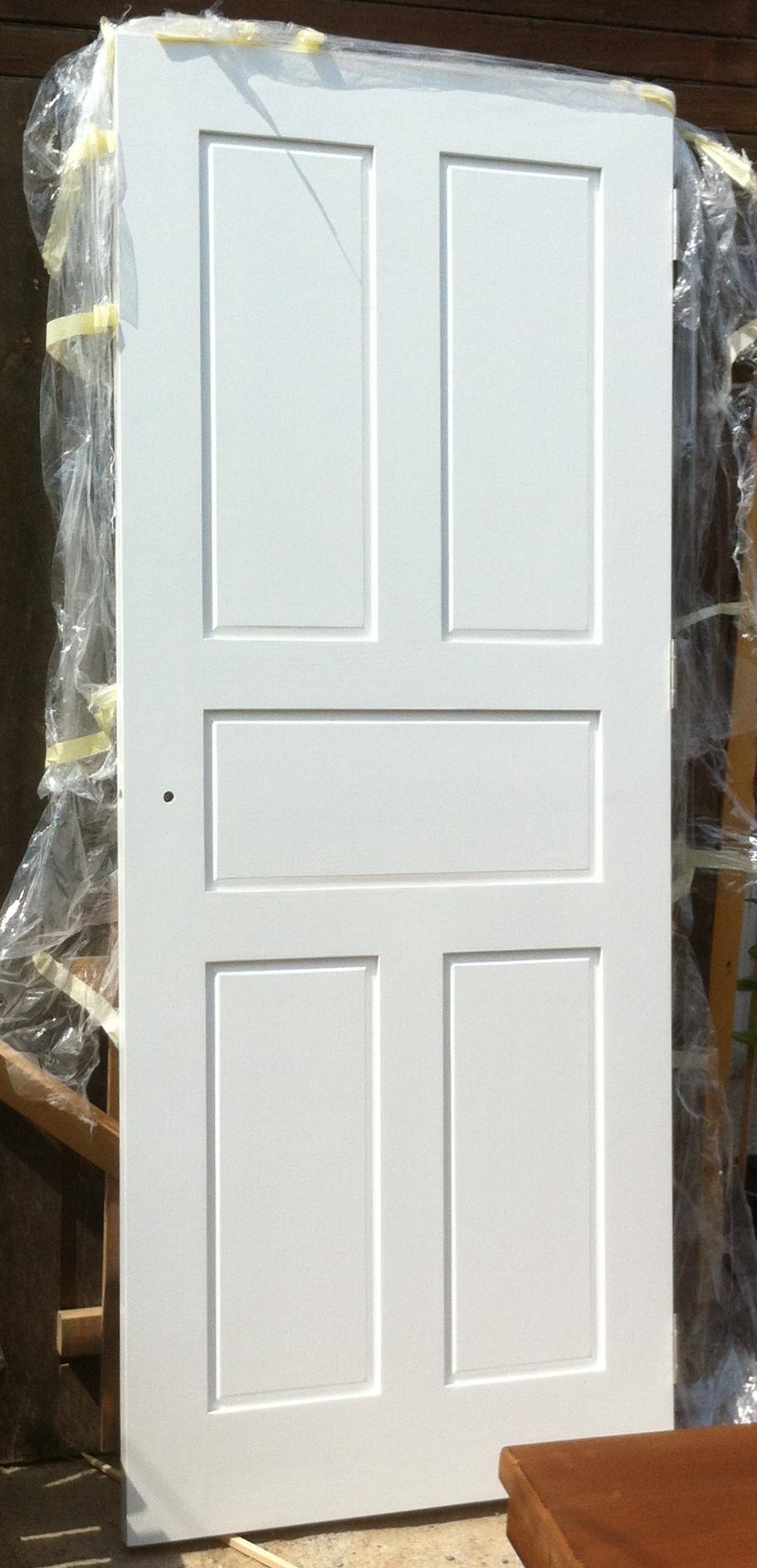 Таблена врата, бяло