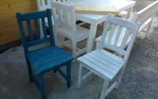 Дървени столове за плажно заведение