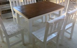 Сет маса и столове за градина