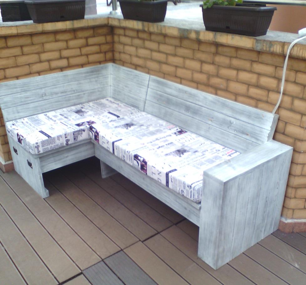 Мебели по поръчка за заведения